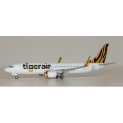 Tiger Australia Boeing 737-800 Reg: VH-VUB with Antenna JC Wings Scale 1:400